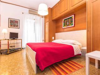 Villa Albani Luxury Suite - Rome Center - Rome vacation rentals