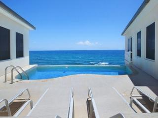 3 Bedroom Cliff Side Villa in Dawn Beach - Dawn Beach vacation rentals