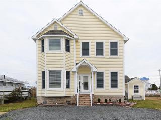 Luna Sea, 39172 Garfield Ave - Fenwick Island vacation rentals