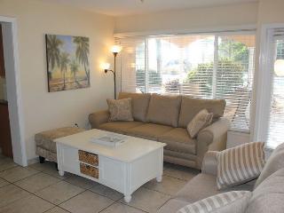 Casey Key Bayside 2 Bedroom -Unit 42 - Nokomis vacation rentals
