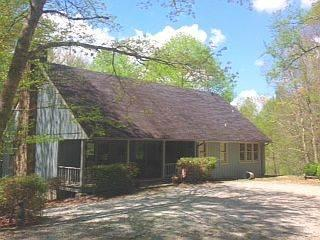 Privacy 3 BR/ 3 baths pond, deck, next to USFS - Image 1 - Highlands - rentals