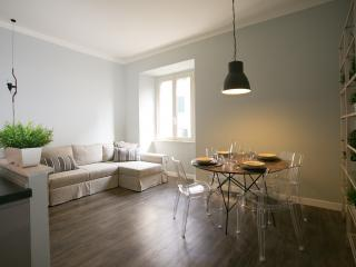 In the heart of downtown Rome, Dedalo apartment - Rome vacation rentals