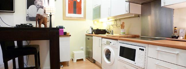 Apartamento MONROE - Madrid Area vacation rentals