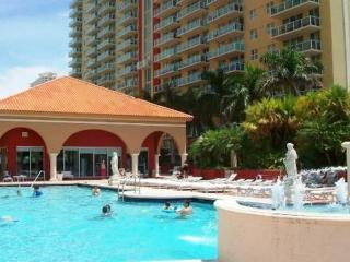 AMAZING 2/2 LUXURY APARTMENT WITH OCEAN VIEW - Sunny Isles Beach vacation rentals