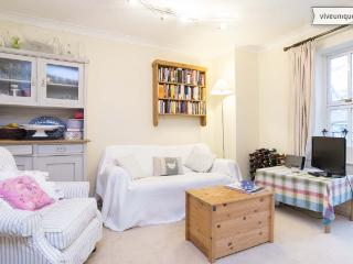 2 bed flat on Grosvenor Avenue, Islington - London vacation rentals
