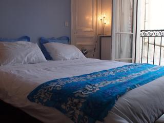 Charming 50m² near Parc Monceau - Paris vacation rentals