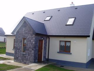 19 Cahermore Holiday Village, Enniscrone - Enniscrone vacation rentals