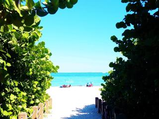 Beach House Apartment 2 - North Miami Beach vacation rentals