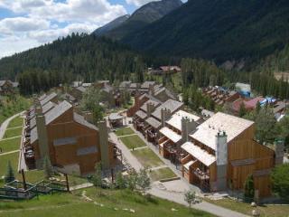 Panorama Horsethief Lodge: 2-BR, Sleeps 8, Kitchen - Panorama vacation rentals