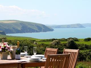 Seaview Coastal Cottage - Newport vacation rentals