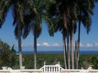 4 Bedroom Luxury Sea View Villa - Ironshore vacation rentals