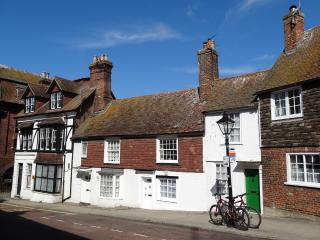 Chesterfield Cottage Rye, opposite the Landgate - Rye vacation rentals