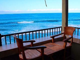 Banyan Tree 404: Top Floor DIRCT oceanfront $119.00 special June-July! *NEW!* - Kailua-Kona vacation rentals