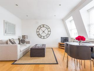 Aldridge Road Villas (Ivy Lettings) - London vacation rentals