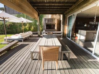 Rustic Chic 5 Bedroom Home in Jose Ignacio - Uruguay vacation rentals