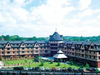 Wyndham Longwharf - Newport vacation rentals