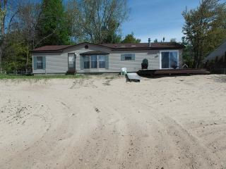 Beach Music - Northeast Michigan vacation rentals