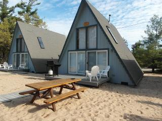Board Walk Beach 2 - Tree House - Oscoda vacation rentals