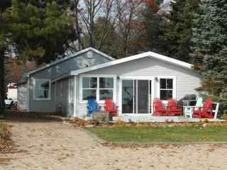 Live Love Lake - East Tawas vacation rentals