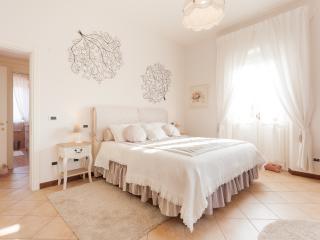 Nina Guest House civico 17 - Vicenza vacation rentals