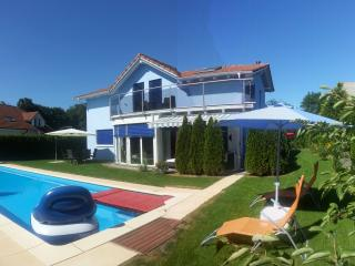 House with pool, whirlpool, sauna... - Aargau / Basel vacation rentals