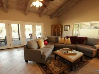 Mountain Views! Ask About Our Monthly Summer Special at Calle Catalina in the North East Foothills of Tucson - Tucson vacation rentals