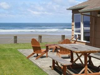 Pearl of the Cape is a pet friendly ocean front home in quiet Arch Cape 3 bedroom 3 bath sleeps 8 - 72219 - Cannon Beach vacation rentals