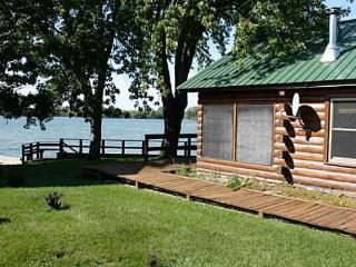 Leora's Cabins - Sackets Harbor vacation rentals