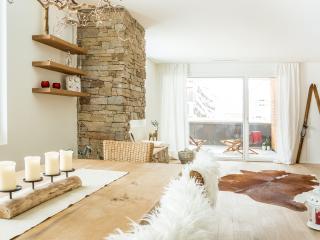 ALPINE CHIC APARTMENT - Andermatt vacation rentals