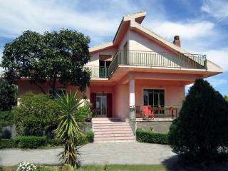La casina di Rosa - Catania vacation rentals