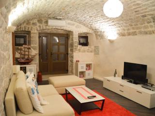 Charming 4* Apartment in Center of Cavtat - Cavtat vacation rentals