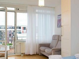Central quiet Studio with Garage - Cologne vacation rentals