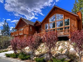Gold Rush Resort! Spa, pool table, great location! - Big Bear Lake vacation rentals