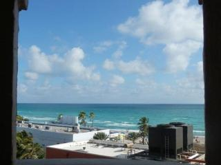 On the Beach Ocean View Studio King Bed & Futon for 4 Balcony Heated Pool 681 - Hollywood vacation rentals
