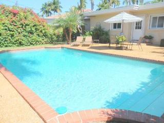 Lake Breezes 3/3 for 8 guests Large Heated Pool 1 mile to Beach and Downtown - Hollywood vacation rentals