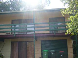 57 Robin Street - Robins Nest - Lakes Entrance vacation rentals
