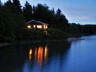 Causeway Cottage - Town of St. George - Spruce Head vacation rentals