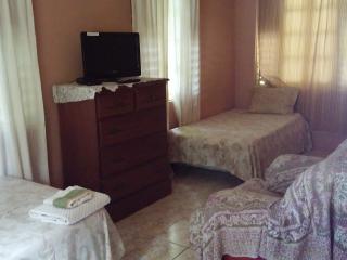 PRO B ROOM - Ocho Rios vacation rentals