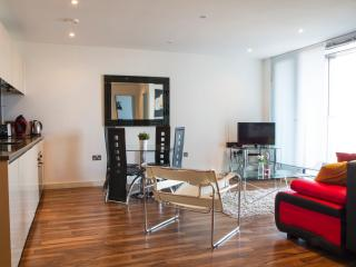 High Spec 2 Bed City Apt Sleeps 6 (mw2) - Manchester vacation rentals