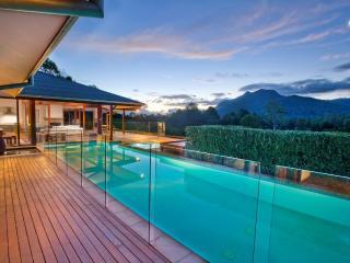 BELLINGEN VILLA - Contemporary Hotels - Nambucca Heads vacation rentals