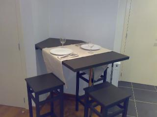 Appartement atypique - Brussels vacation rentals