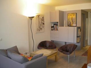 180 Avenue de Choisy ~ RA24534 - Gentilly vacation rentals
