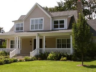 Notre Dame Football Weekend Rental-Next to Campus - Mishawaka vacation rentals