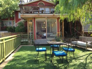 SilverLake Hills Stunning Studio apt. Garden oasis - Los Angeles vacation rentals