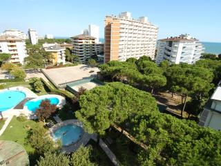 Duna Residence sea view aprt with 2 pools & A/C - Lignano Sabbiadoro vacation rentals