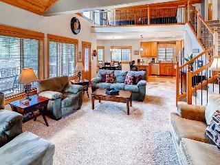 Stunning Private 5 Bedroom Luxury Home Nr Suncadia Hot Tub*Slps14 ! FREE NTS - Cle Elum vacation rentals