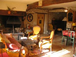 La Lauze - Saint-Gervais-sur-Roubion vacation rentals