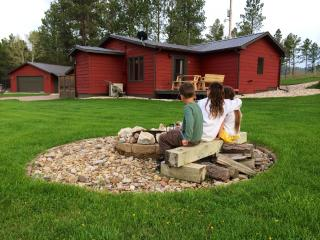 The Little Red Inn.  Quiet country comfort. - South Dakota vacation rentals