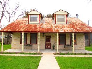 Stone House - Canyon Lake vacation rentals