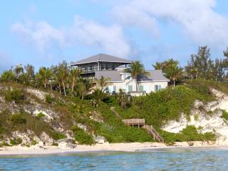 Two Villas Nestled On A Cliff, With The Most Beaut - Nassau vacation rentals